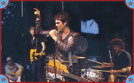 The Jon Spencer Blues Explosion - Siren Festival, Coney Island, Brooklyn, US (21 July 2001)