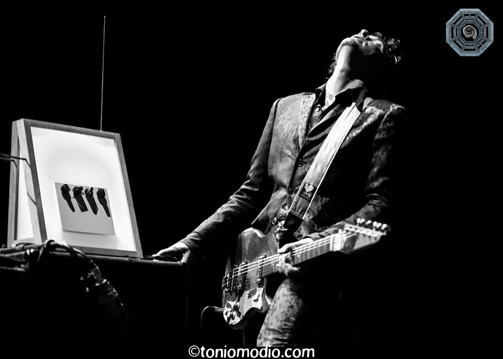 The Jon Spencer Blues Explosion - This Is Not a Love Song, Nimes, France (29 May 2014) by  Anthony Batista (toniomodio.com)