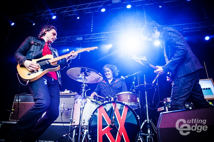 http://www.cuttingedge.be/photoalbums/jon-spencer-blues-explosion-sjock-2014-gierle