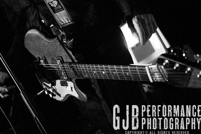 http://gjbperformancephotography.com/2014/08/21/jon-spencer-blues-explosion-leeds-may-2014/