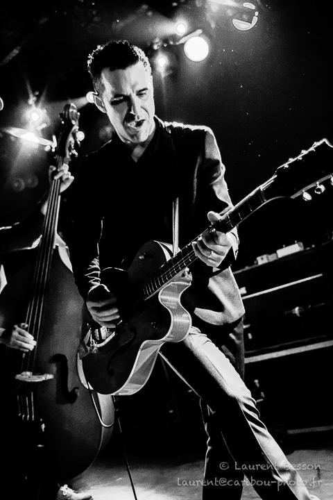 http://caribou-photo.fr/concerts/999b_atoz/0_efgh/0_HeavyTrash2015/