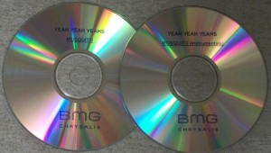 Yeah Yeah Yeahs - Mosquito / Mosquito (Instrumentals) [Promo] (2xCD, US) - Discs