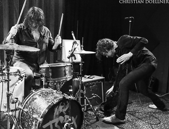 http://www.nuvo.net/indianapolis/slideshow-jon-spencer-blues-explosion/Content?oid=3125060