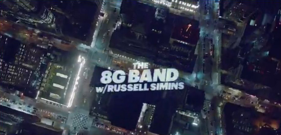 Late Night With Seth Meyers feat. The 8G Band w/ Russell Simins (TV, US)